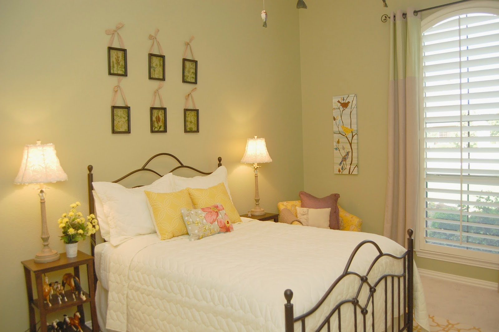 Style with wisdom girly nature inspired bedroom for Nature inspired rooms