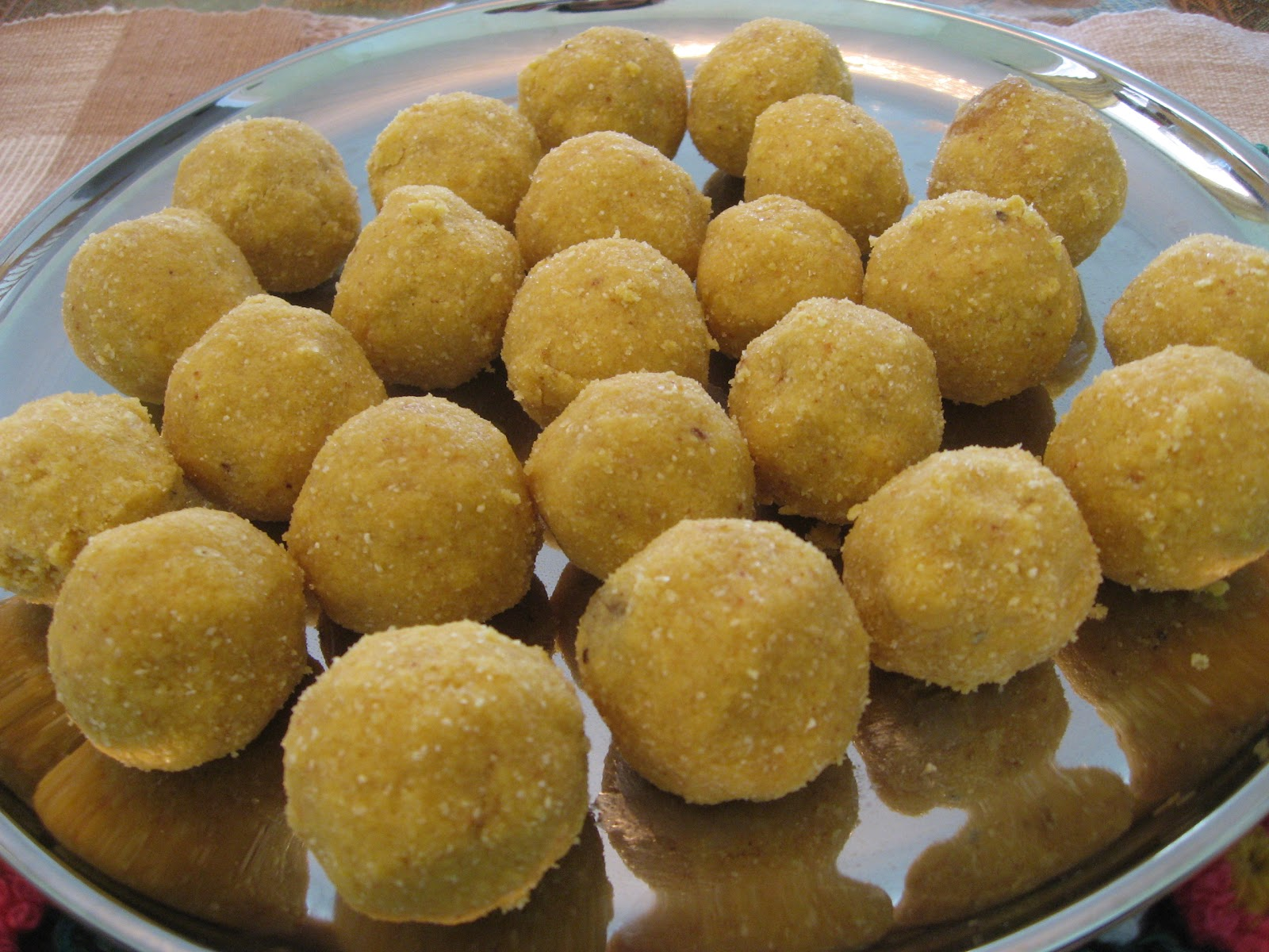 how to make besan sweet dish