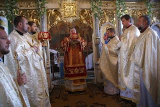 Громада УПЦ Московського Патріархату перейшла до Київського Патріархату.