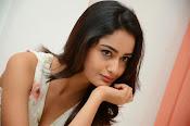 Tridha glamorous photo shoot-thumbnail-4