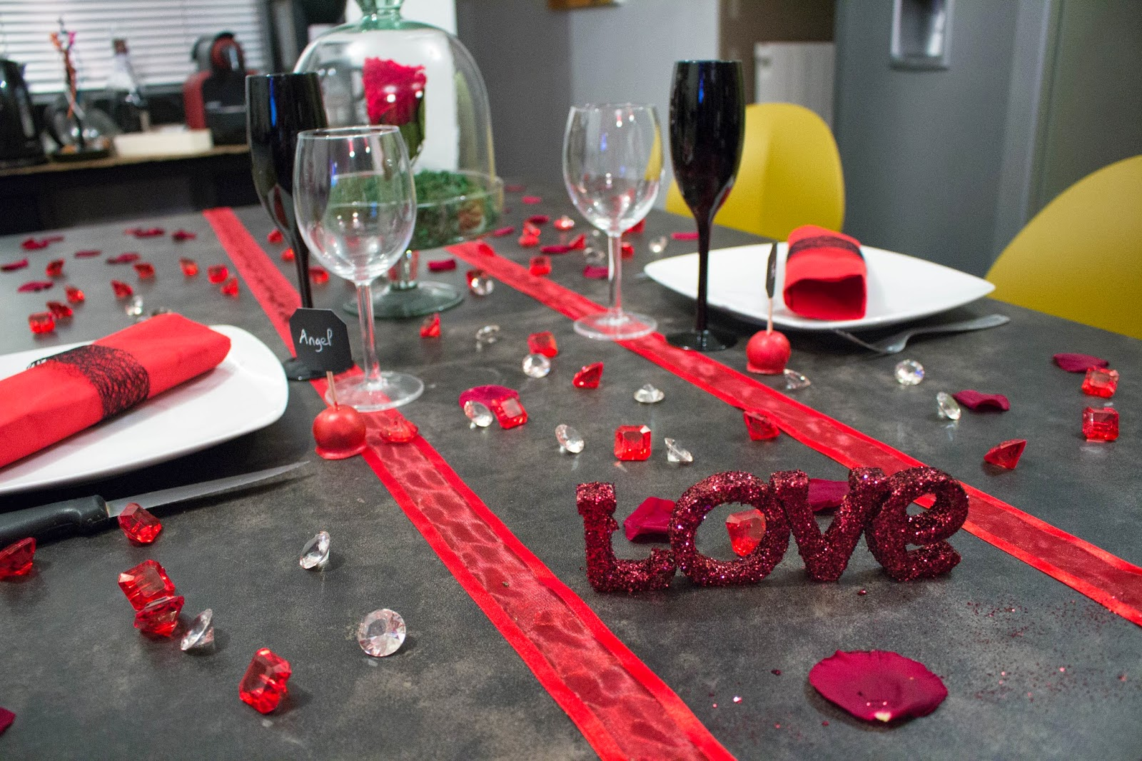 decoration table st valentin - maison design - bahbe