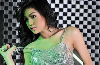 hot Model Popular Ananda Gurciani [PIC]