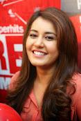 Raashi khanna latest glamorous stills-thumbnail-14