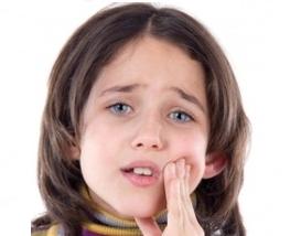 Obat Sakit Gigi Untuk Anak Balita Usia 3 Tahun , 4 Tahun , 5 Tahun , 6 Tahun , 7 Tahun tanpa Beli di Apotik