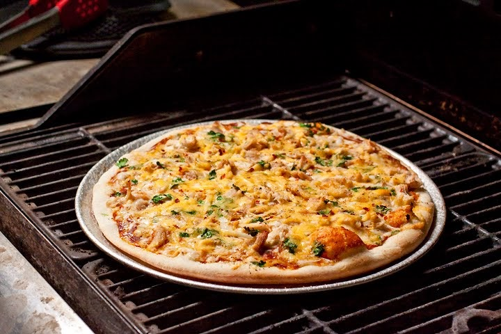 The Cooking Photographer: BBQ Chicken Pizza with Cilantro ...