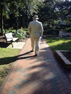 Savannah Dan leading his walking tour across Reynolds Square