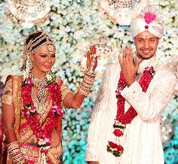 Rakhi Sawant Marriage Dress