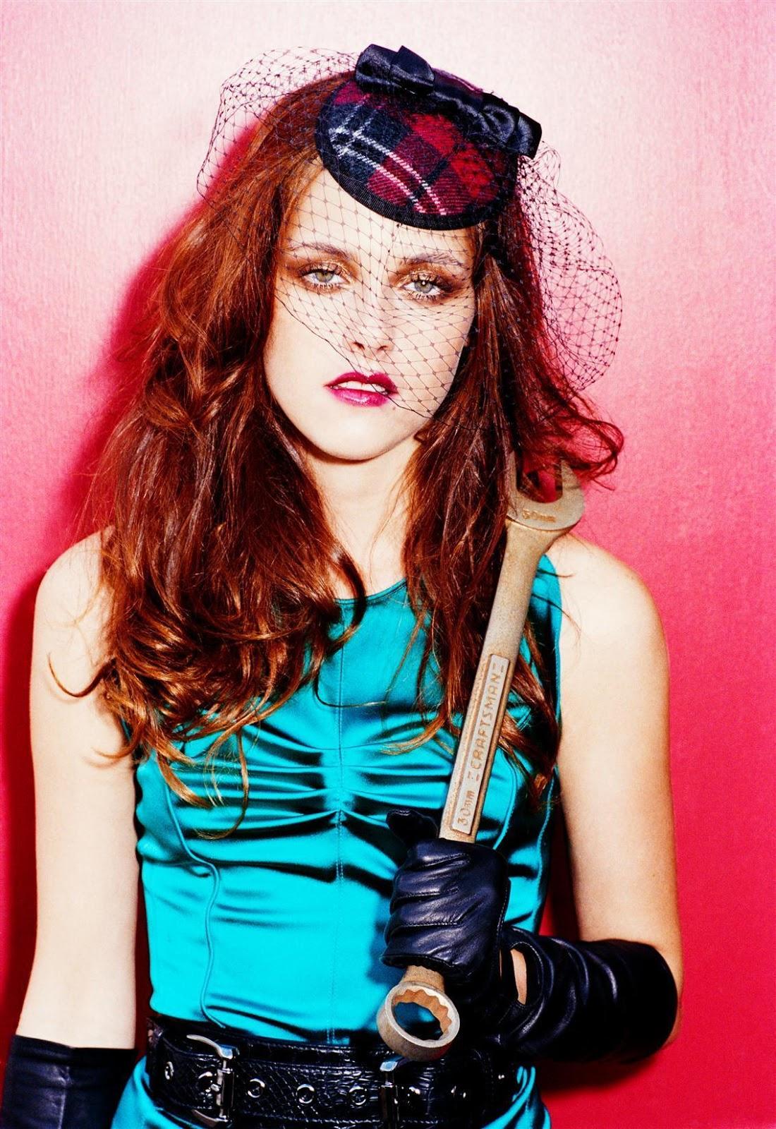 http://4.bp.blogspot.com/-UzPVyVhfc-s/UWIsXOiFsFI/AAAAAAAAPDs/6XjxaovNPgg/s1600/Kristen-Stewart-actresses-2068182-1134-1650.jpg