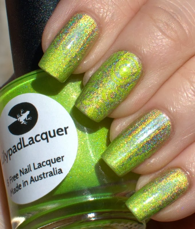 Layla Gold Idol with Lilypad Lacquer Zombee gradient and stamping