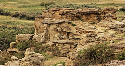 writing on stone provincial park alberta hoodoos