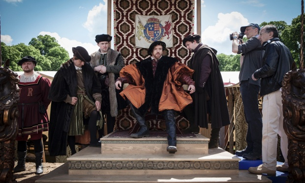 WOLF HALL REIGNS