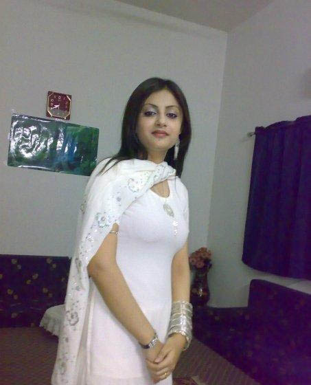 pakistani aunties hot images