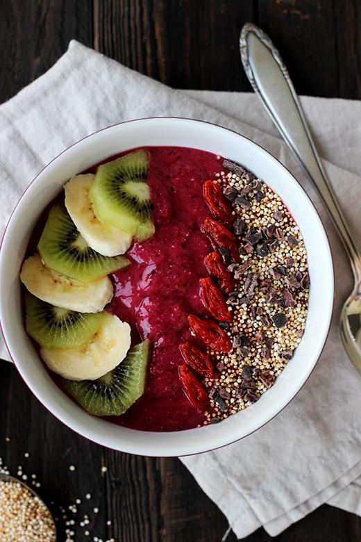 Smoothie Bowl: gesundes Frühstück mit Superfoods, Holunderweg18