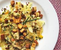 Lascas de Batata-Doce Salteadas com Tofu Crocante (vegana)