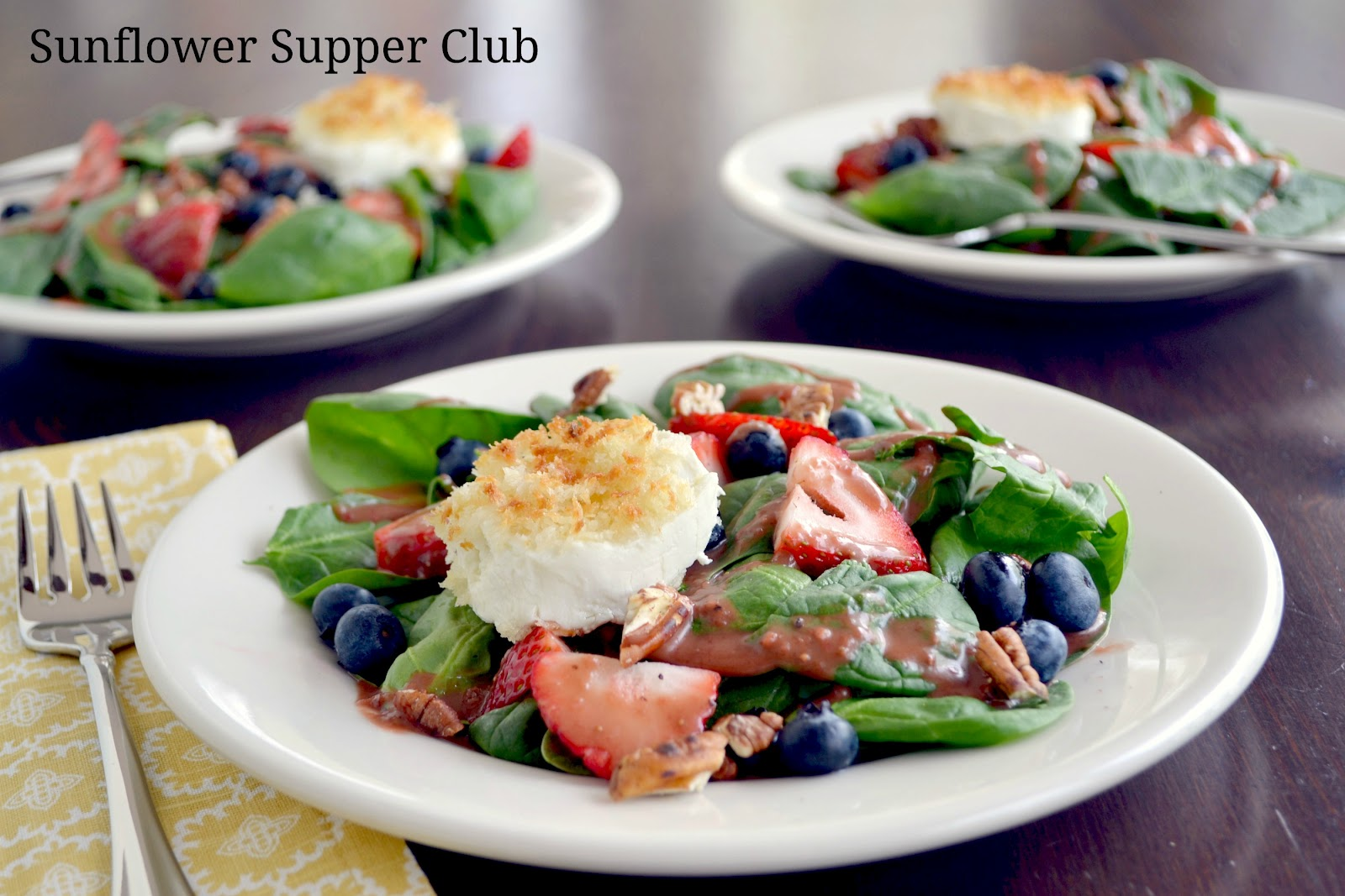 Spinach Salad with Strawberries, Blueberries and Goat Cheese Rounds ...