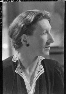mysterious kor elizabeth bowen Elizabeth bowen's great world war ii story, mysterious kor, portrays a female  protagonist who, weary of undergoing the blitz - and of undergoing history.