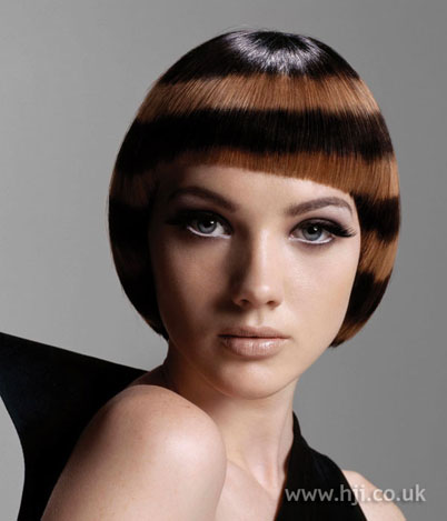 Hairstyle Ki Video : Purple Bob Hairstyle - Hair color is unusual for autumn
