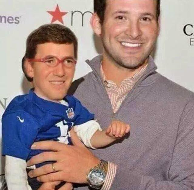 father (tony romo) and son (Eli Manning). #fatherandson #EliManning #tonyromo #gyants #cowboys, #giantshaters,