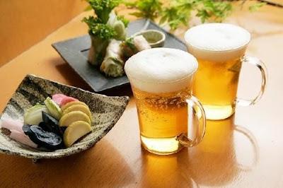Sử dụng nhiều bia rượu có thể gây vô sinh