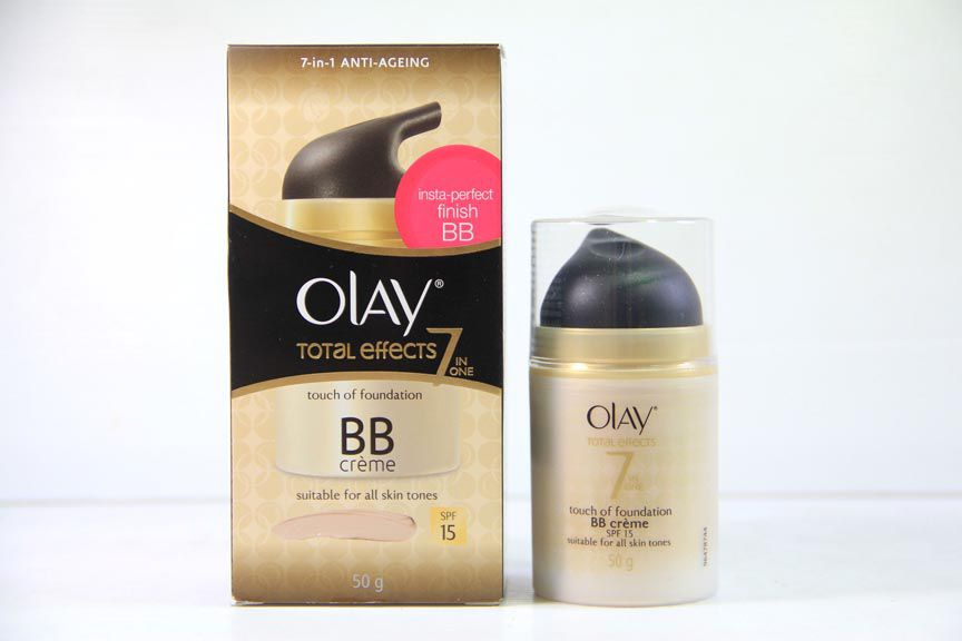 Olay Total Effects Touch of Foundation SPF15