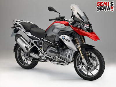BMW-Motorrad-Official-Present-in-22-Model-Available