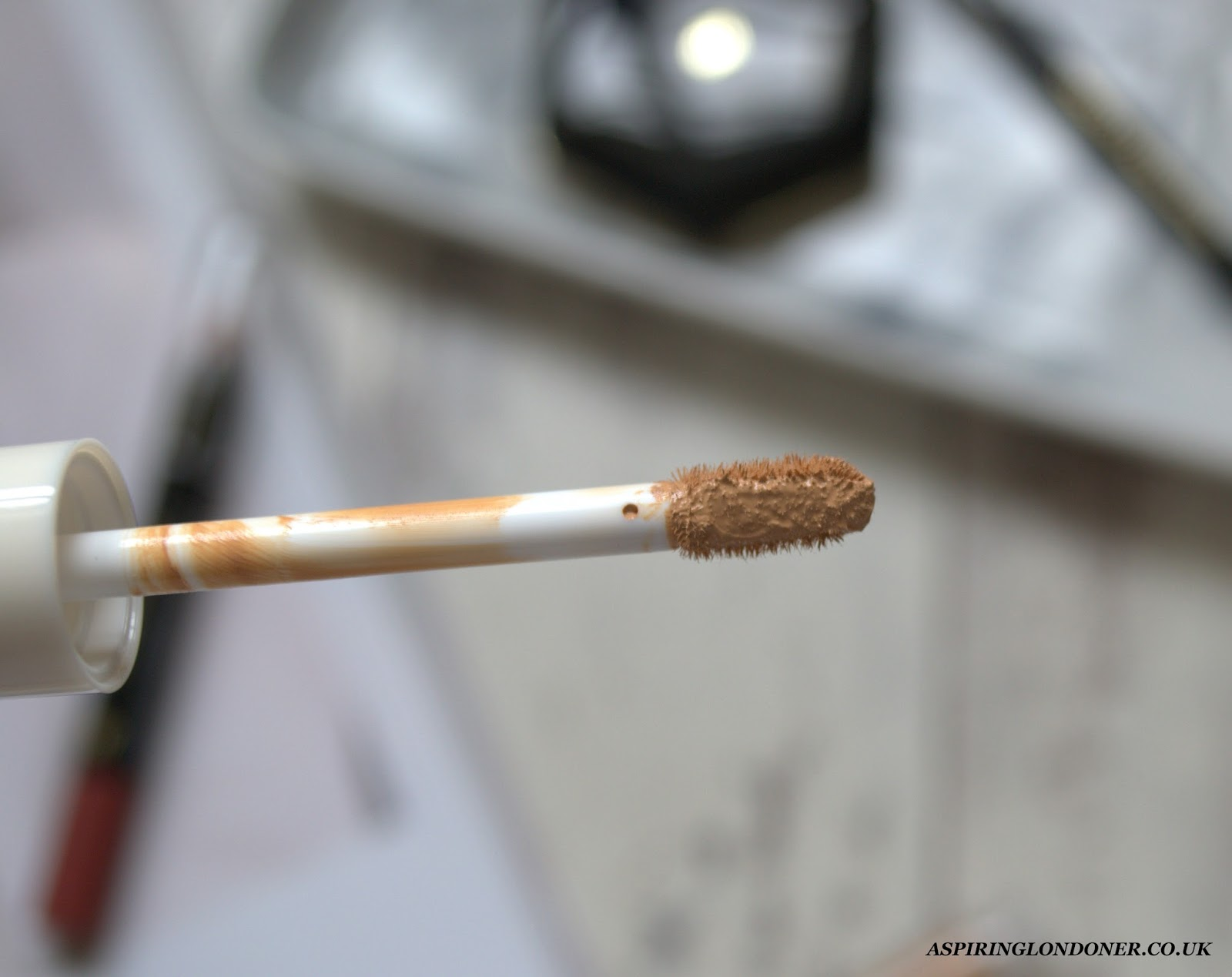 H&M Beauty Cover-Up Concealer Amber Swatch Review - Aspiring Londoner