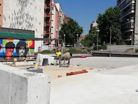 Plaza Poeta Leopoldo de Luis: ¿terminando?