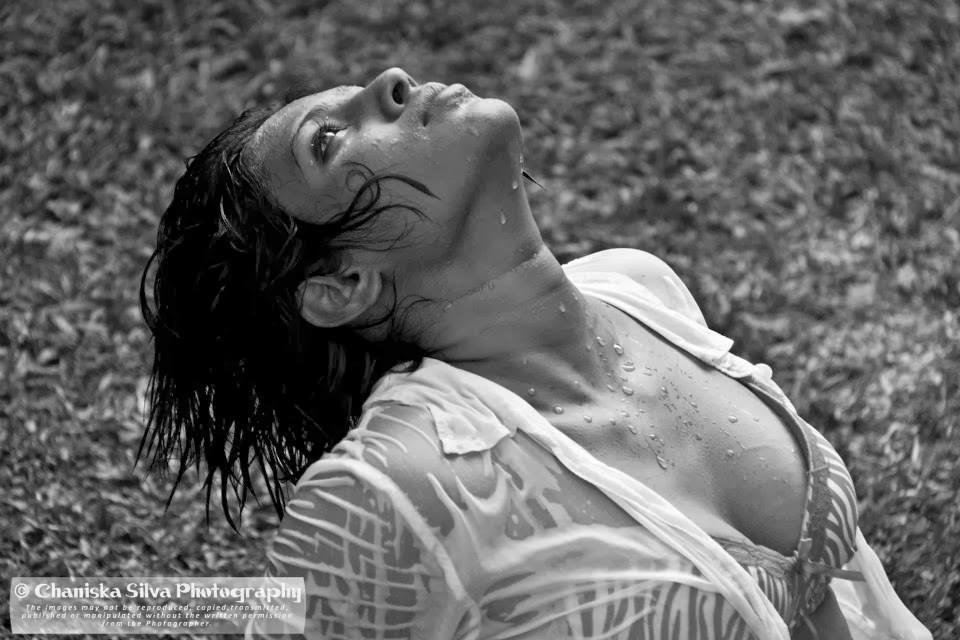 Nilu Tanasha hot boobs