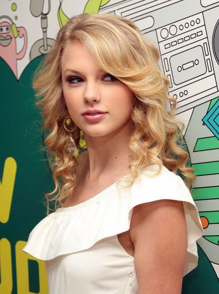 Taylor Alison Swift 2