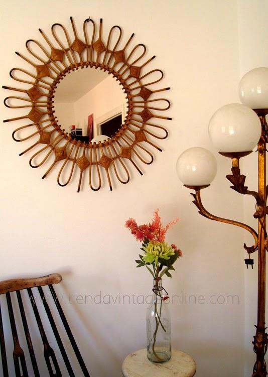 Espejos de médula antiguos años 50. Espejos de caña tipo sol metálicos