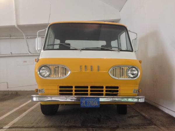1962 Ford Econoline Pickup - Old Truck