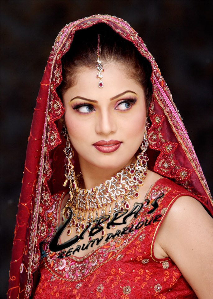 Latest Bridal Makeup For Barat And Valima - XciteFun.net