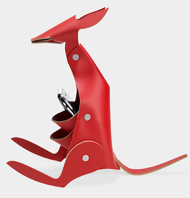 kangaroo-shaped desk organizer