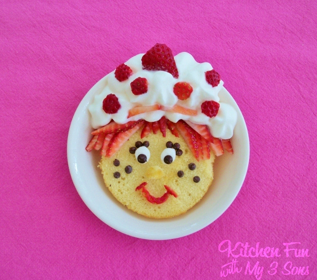 Kitchen Fun And Crafty Friday Link Party 167: Strawberry Shortcake Pancakes