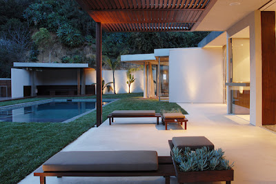 modern luxury 24