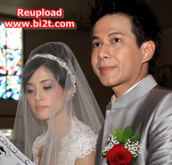 Foto Resepsi Pernikahan Delon bersama Yeslin