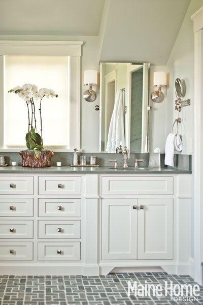 702 hollywood bathroom design for Hollywood bathroom design