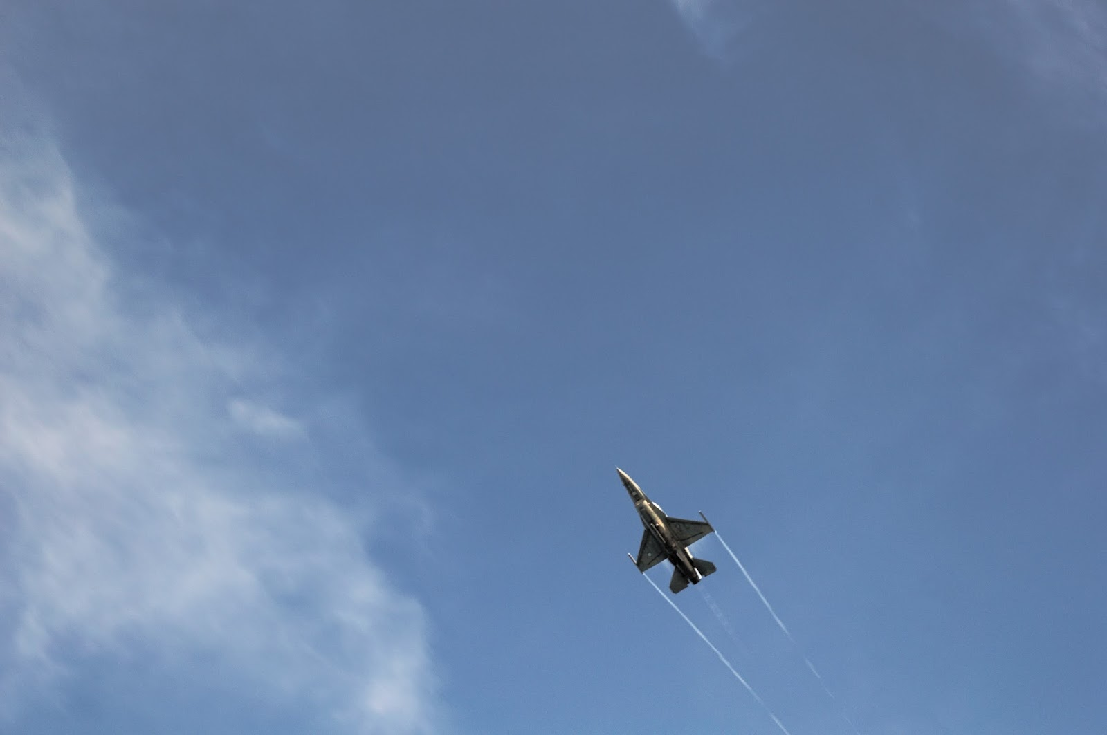 F-16 of Hellenic Air Force flying demo.