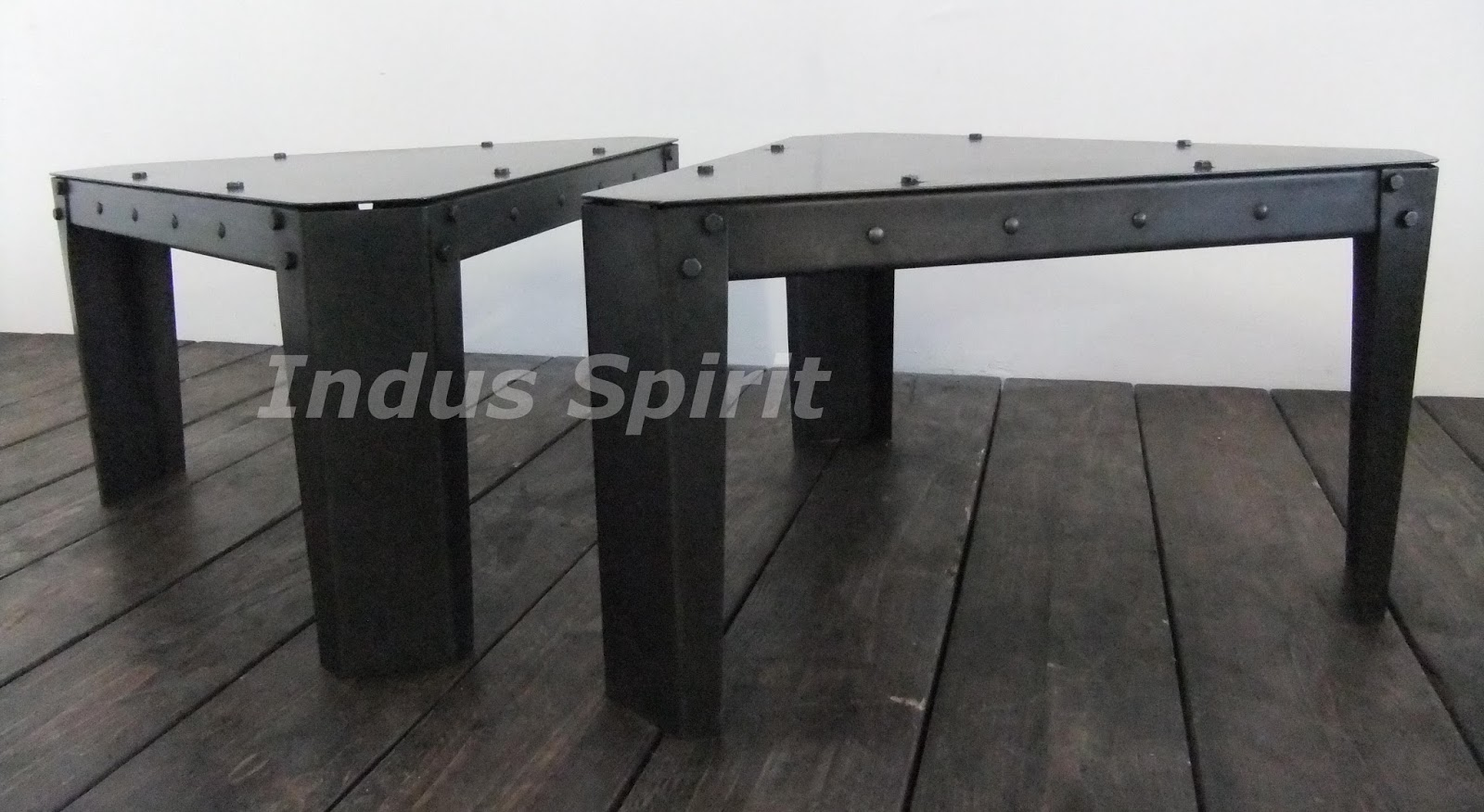 table basse industrielle modulable. Black Bedroom Furniture Sets. Home Design Ideas