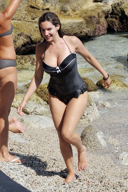 kelly brook swimsuit