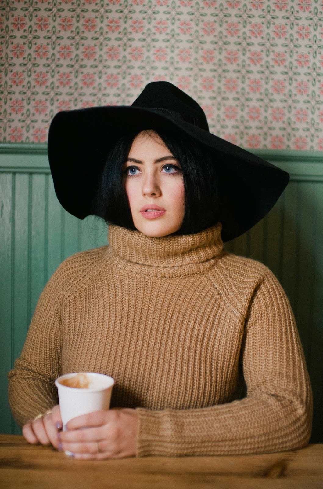 One, Shot, Coffee, Philadelphia, fashion, blog, Northern, Liberties, Camel, Sweater, floppy, hat,