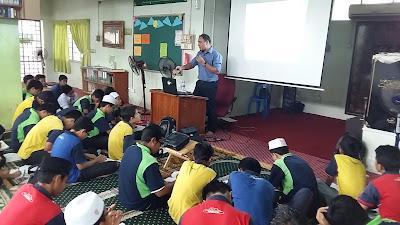 Ceramah Sains PT3 di SMKA Maahad Hamidiyah Kajang