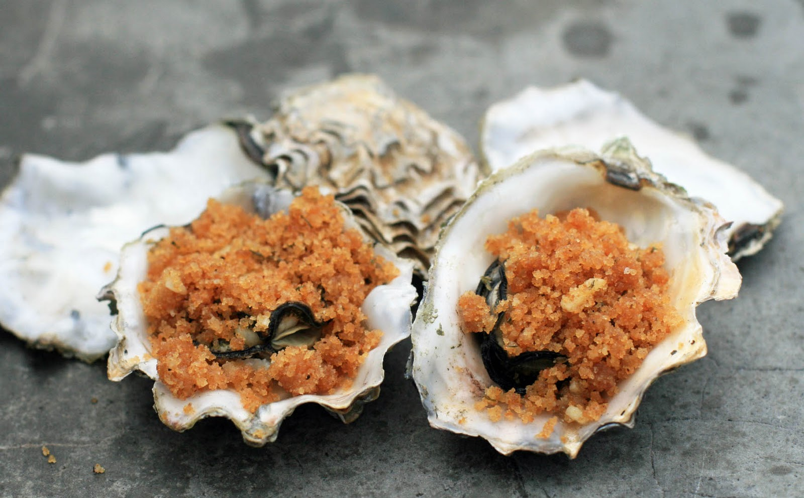 Grilled Oysters with Garlic Butter Topping and Gluten-Free Breadcrumbs ...