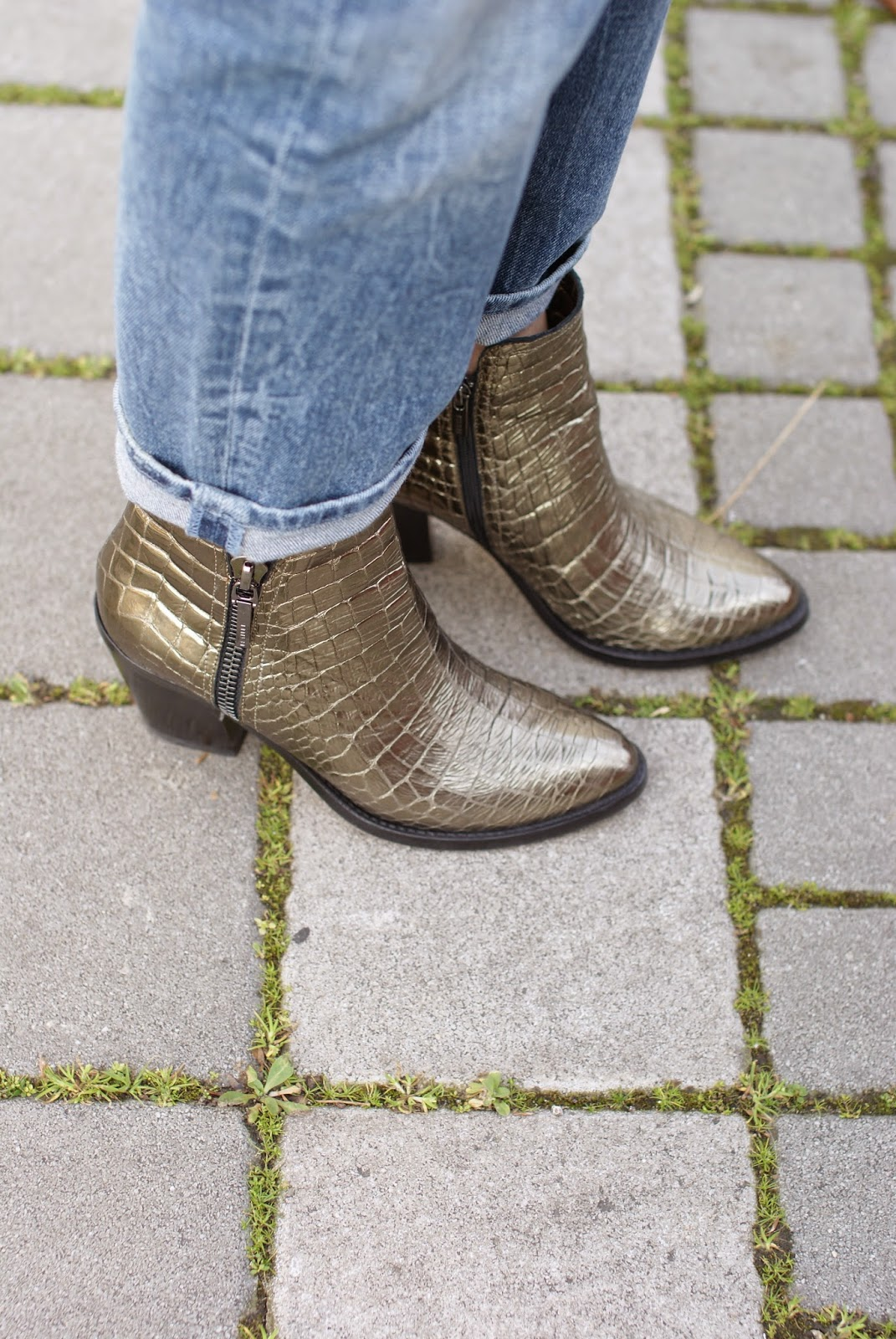 Le Silla, Le Silla golden texan ankle boots, Fashion and Cookies fashion blog, fashion blogger
