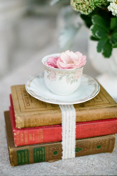 Decoraci n con tazas vintage for Tazas de te estilo vintage