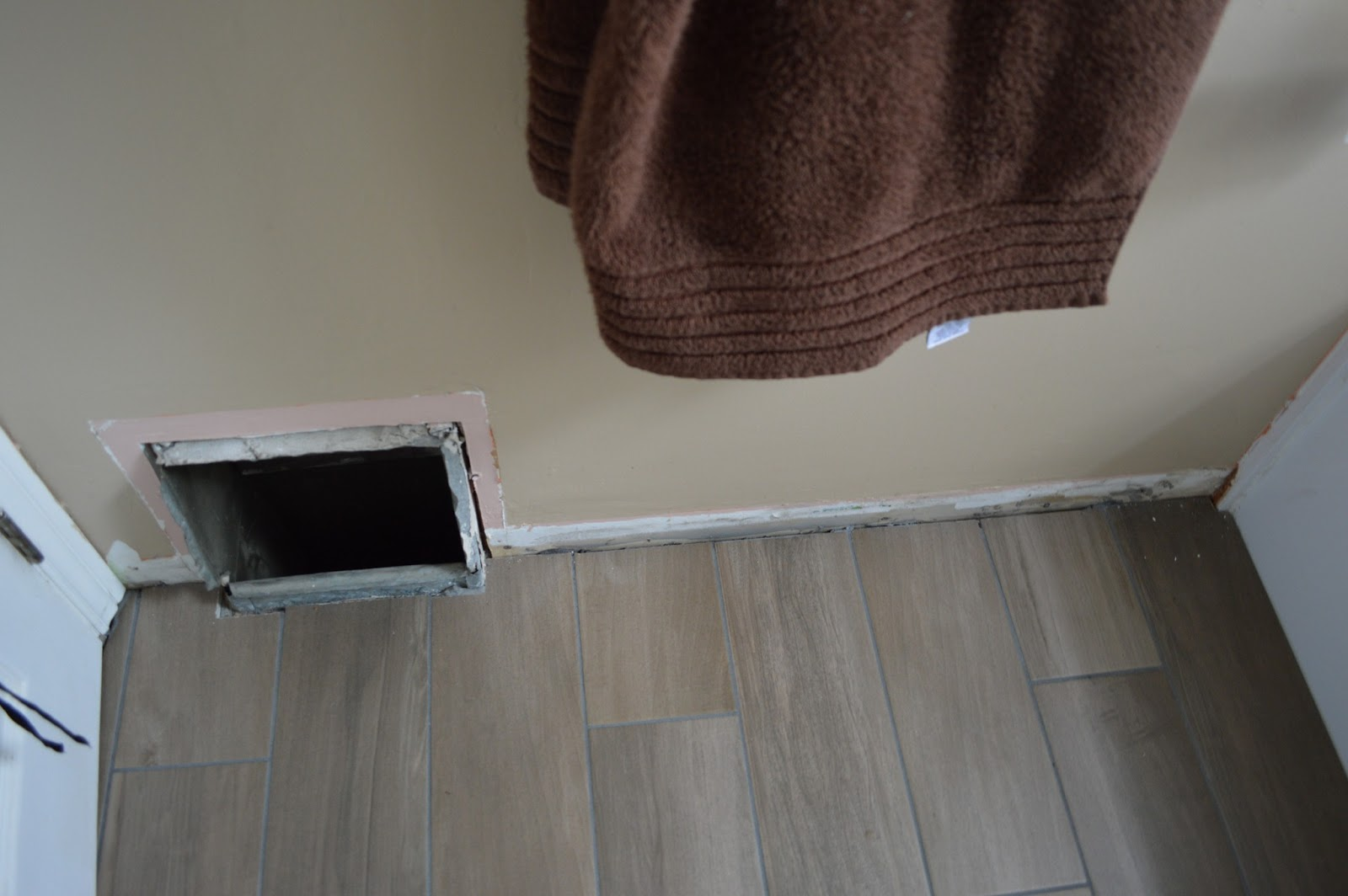 This kind handyman and i when your tile grout turns white this may work bathroom progress - Seven mistakes we make when using towels ...