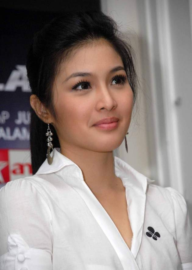 Indonesian Woman Picture | We Will Always Love Indonesia