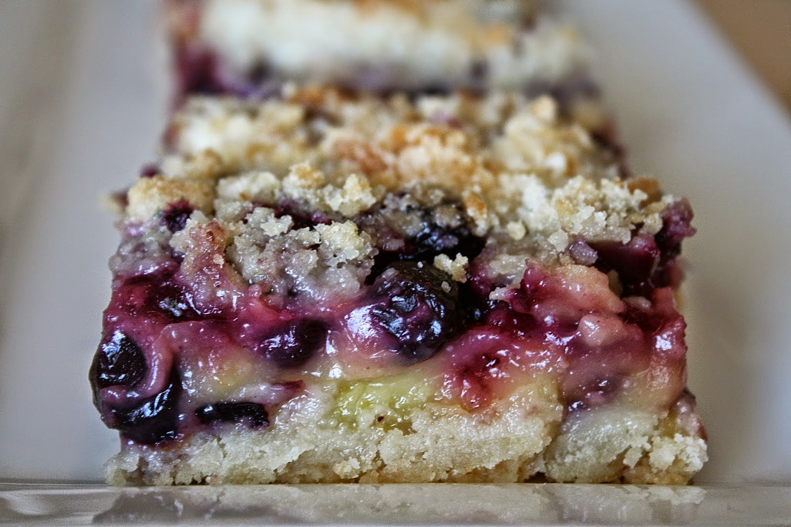 Oregon Transplant: Lemon Blueberry Crumb Bars