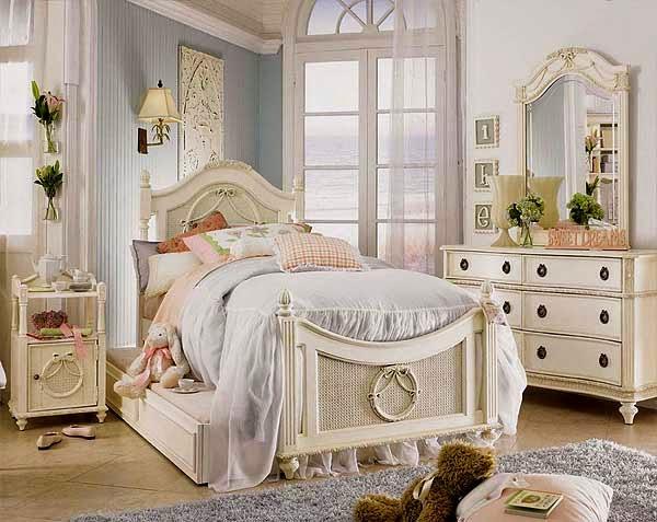 Boiserie c camere da letto 45 idee per ricreare lo stile shabby chic - Camera da letto in stile shabby ...