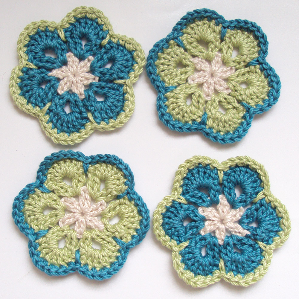 Crochet African Flower Pattern Free : ArtInAll: Crochet African Flowers